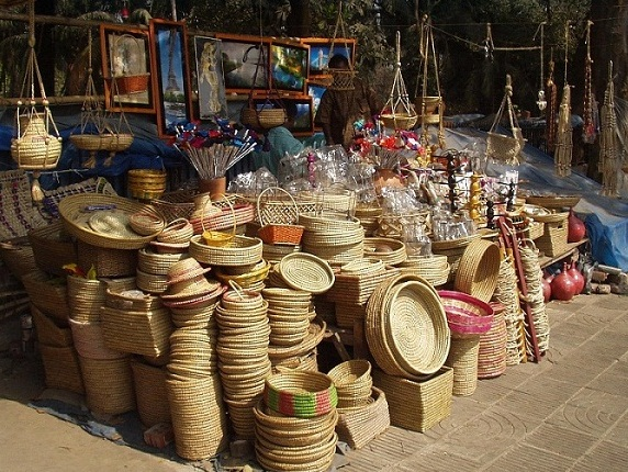 You Can Sell 4 Types Of Handicrafts As Your Small Business Roboflexx